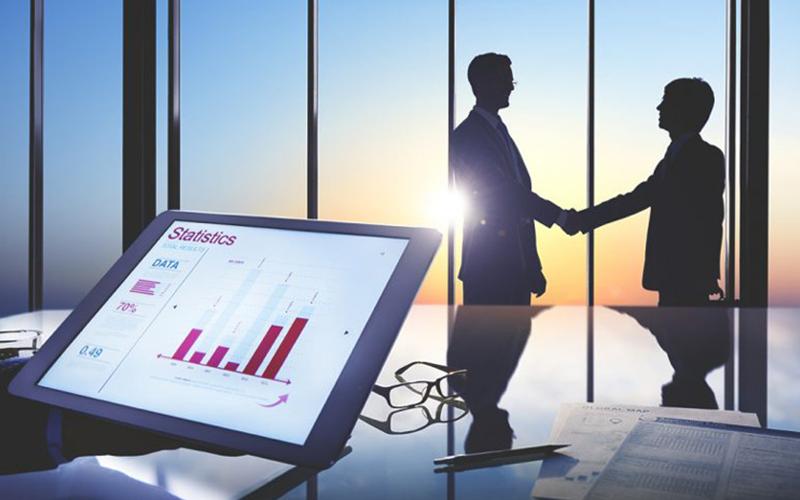 Một nhà cố vấn chiến lược kinh doanh cần kiến thức chuyên môn và nhiều kỹ năng đặc biệt