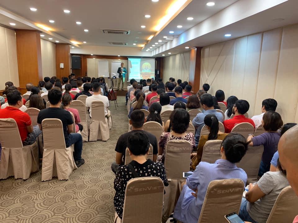 Talkshow Mandala Cafe 05/2020 - 18 PHÉP THẦN THÔNG PHONG THỦY HẬU COVID