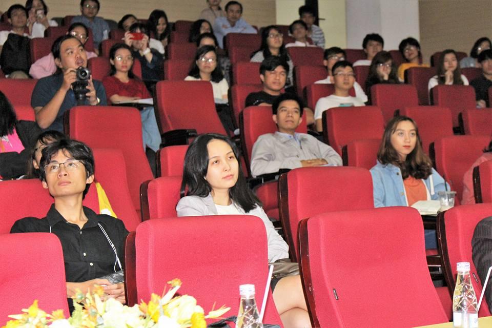 Sinh viên trường đại học kiến trúc trong buổi talkshow