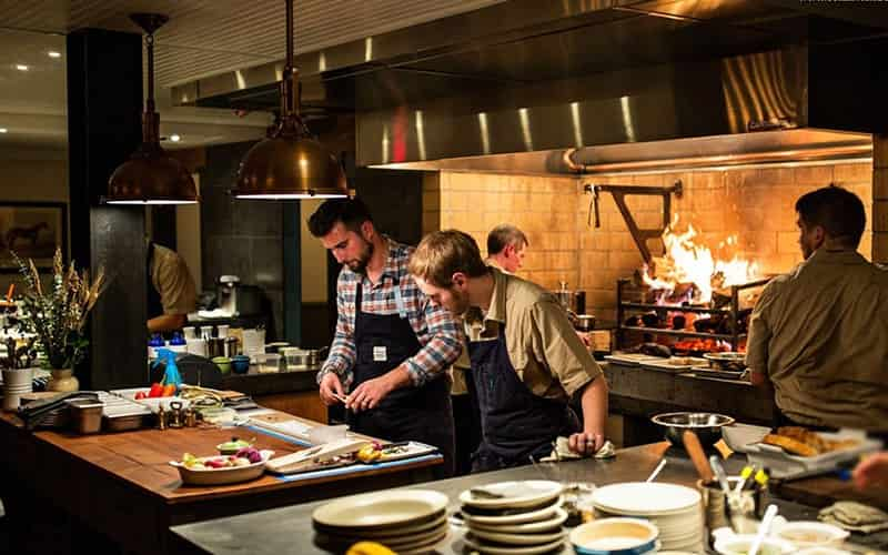Nhà bếp rất quan trọng đối với việc kinh doanh nhà hàng