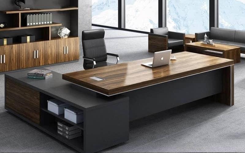 Bố trí Phong thủy văn phòng cần lưu ý đến bàn làm việc