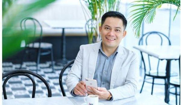 Chuyên gia phong thủy và quản trị Nguyễn Ngoan đã cùng các doanh nghiệp lớn nhỏ khác nhau đồng hành trong quá trình xây dựng, đặt tên thương hiệu và tư vấn xây dựng thương hiệu.