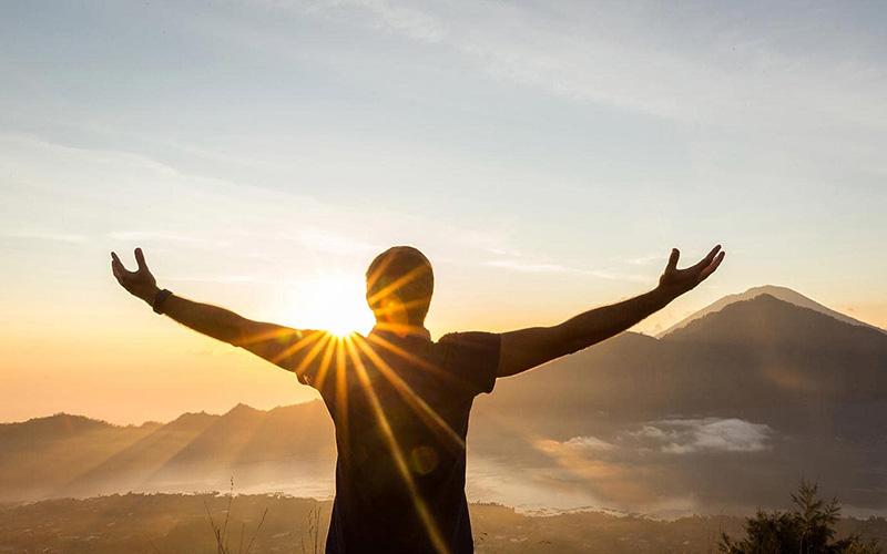 Mỗi người khi biết tích đức hành thiện có thể thay đổi số mệnh đã định.